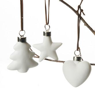 Fehér, porcelán karácsonyfa dísz, 3 féle, 6 cm