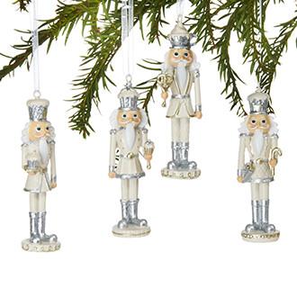Diótörő akasztóval, ezüst/fehér, polyresin, 10 cm, 4 féle